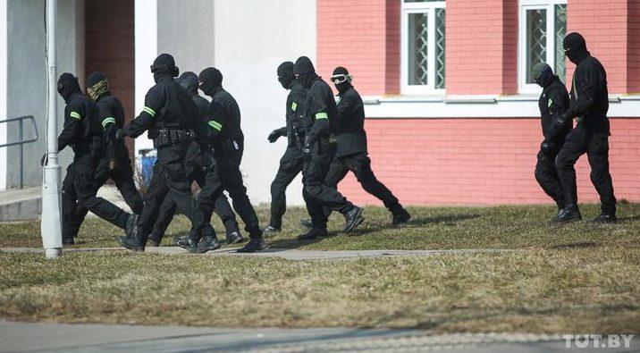 В Беларуси 27 марта задержали уже более 100 человек. МВД: не зафиксировано ни одного несанкционированного массового мероприятия