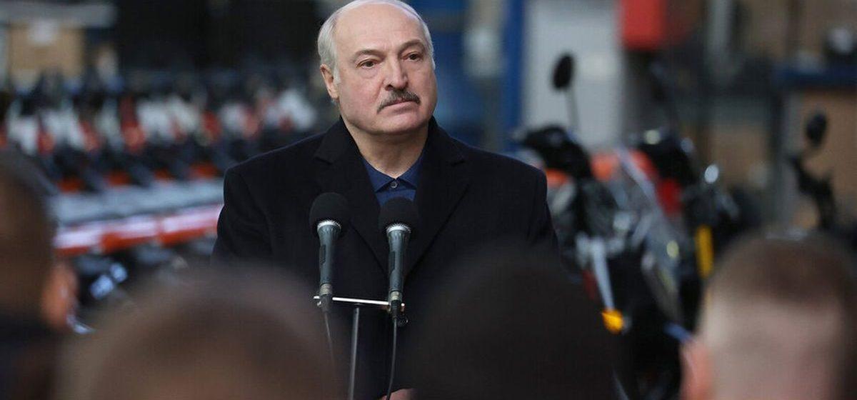 Лукашенко: КГБ вам в ближайшее время расскажет, сколько сюда тротила завезли