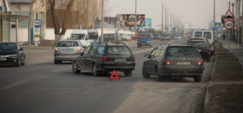 Две легковушки столкнулись в Барановичах