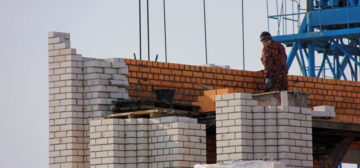 Стало известно, почему Барановичи не выполнили план по строительству жилья в 2020 году