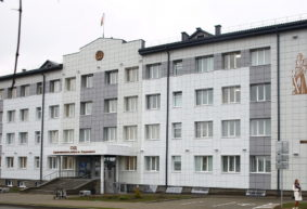 Начался суд над барановичским учителем физкультуры, ударившим в пах своего ученика
