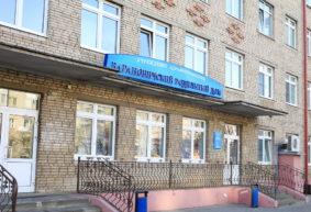Сколько женщин стали мамами в День матери в Барановичах