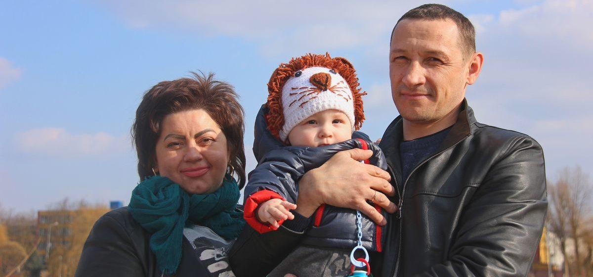 «Я просто верила, что могу стать мамой». Барановичские супруги, решившиеся на ЭКО, – о 10 годах надежды, страхах и исполнении мечты