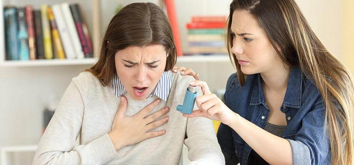 Приступ бронхиальной астмы: как оказать первую помощь