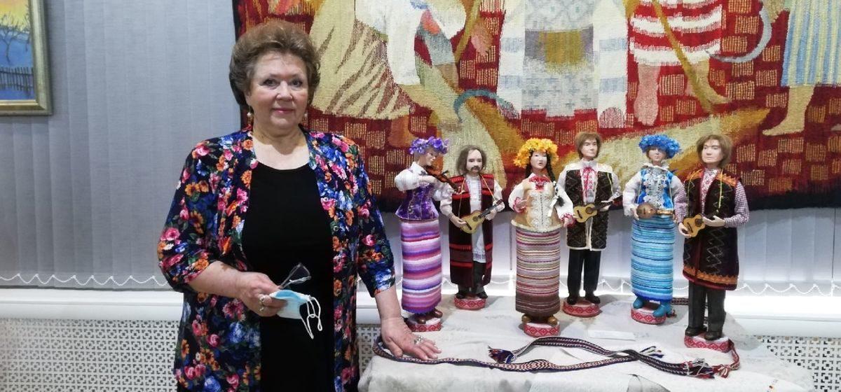 Уникальная выставка белорусских кукол открылась в Барановичах