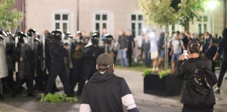 14 падсудных, 109 пацярпелых міліцыянтаў. Пачаўся суд па «масавых беспарадках» пасля выбараў у Пінску