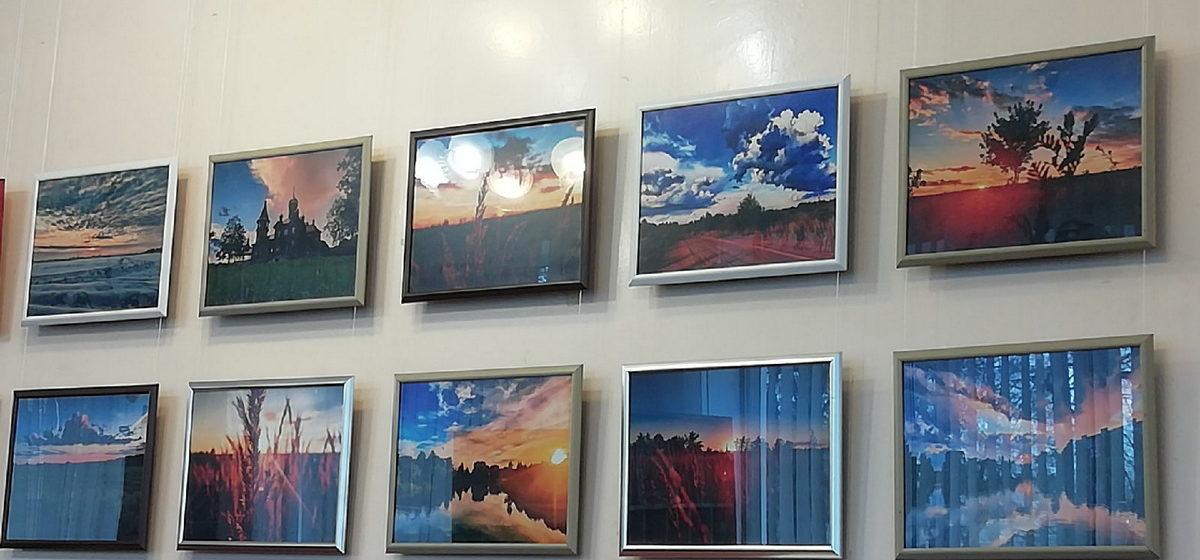Открылась персональная выставка барановичского школьника с красочными фото города