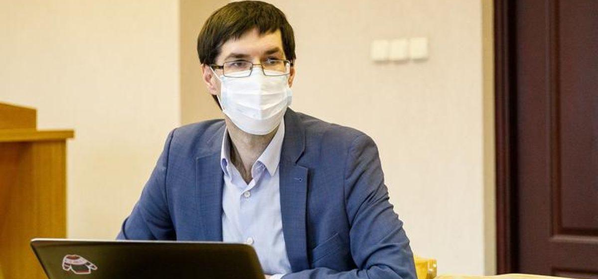 «До 2020-го говорил, что не буду заниматься уголовными делами». Адвокат Зикрацкий, который защищал журналистов, – о лишении лицензии и будущем адвокатуры