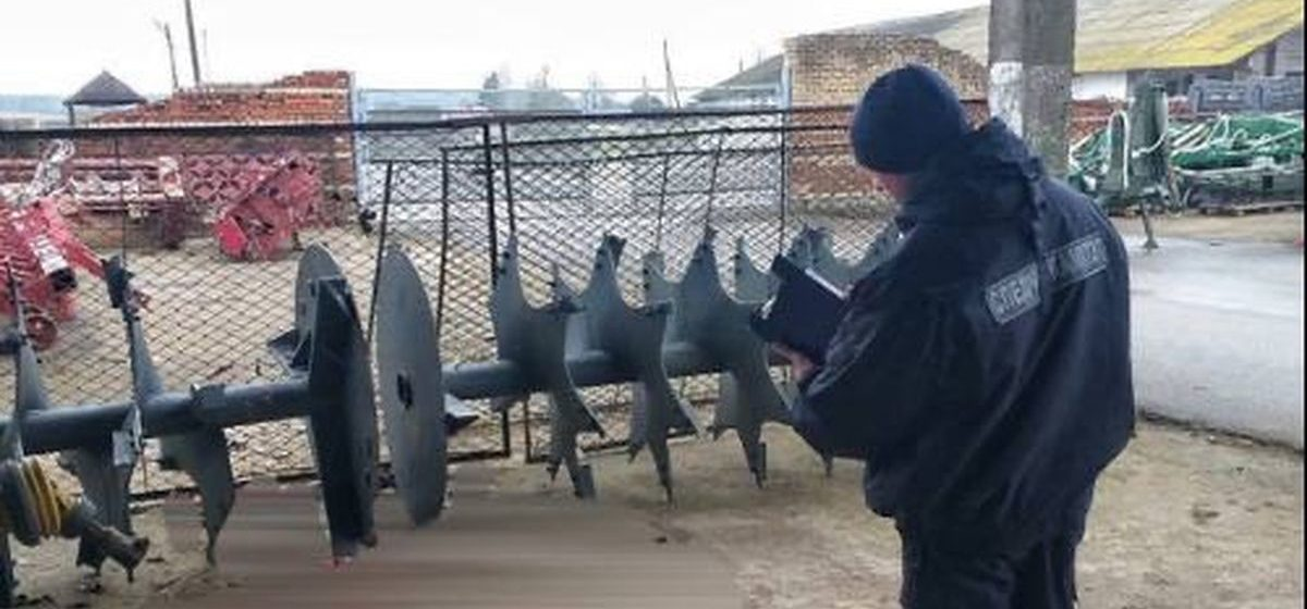 Ногу мужчины затянуло в измельчитель в Волковысском районе