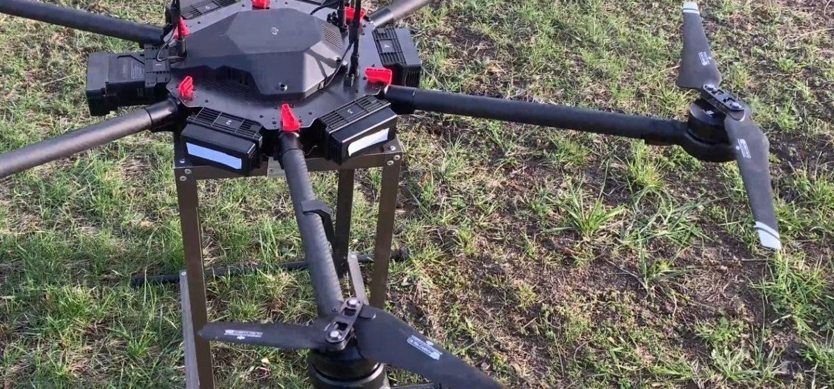 Лидские пограничники сбили два дрона контрабандистов из радиоэлектронного ружья
