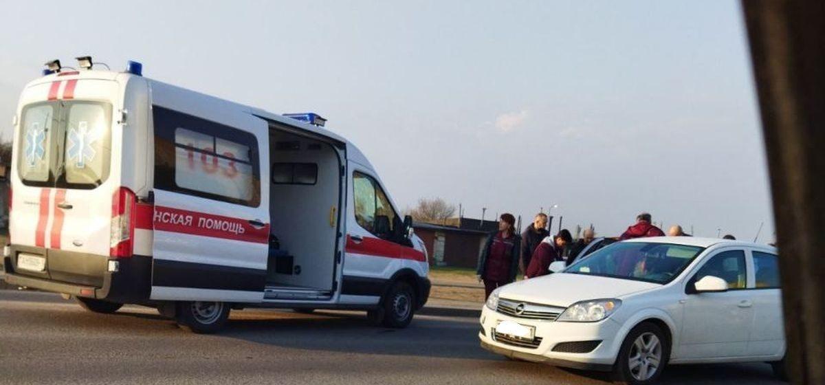 На пешеходном переходе легковой автомобиль сбил ребенка в Барановичах
