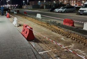 Почему перекопали и огородили парковку около «маленького «Евроопта» в Боровках