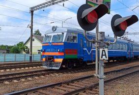 Железнодорожный переезд в Барановичах временно закроют. Как пойдут автомобили и автобусы