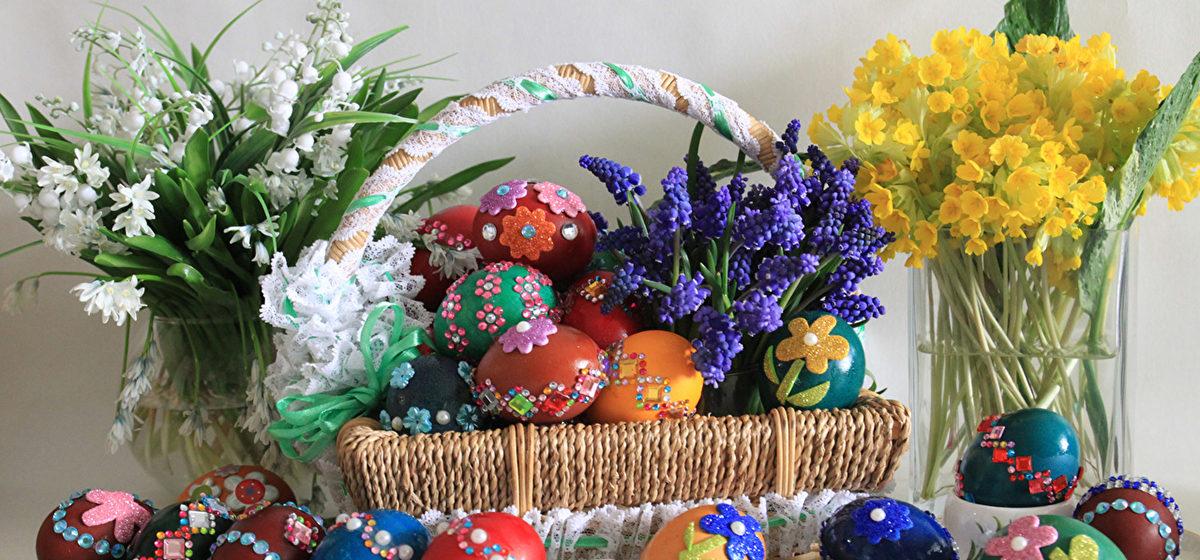 Готовимся к Светлой Пасхе: украшение дома, праздничный декор*