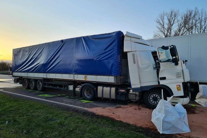 Четыре фуры столкнулись в Германии — погиб водитель-белорус