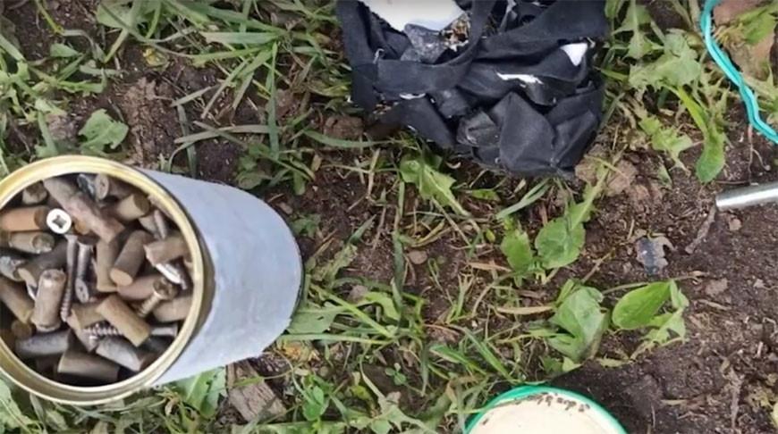 Мужчина заложил самодельную бомбу под автомобиль жены в Лепельском районе. Так он хотел отговорить ее от развода