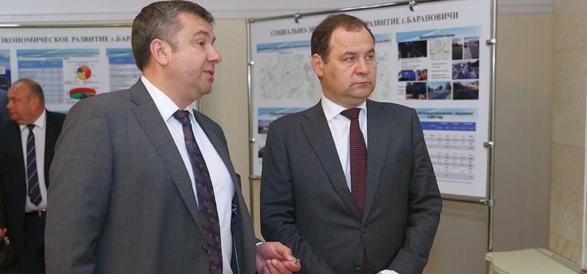 Премьер-министр приехал на заседание Барановичского горисполкома. Фото