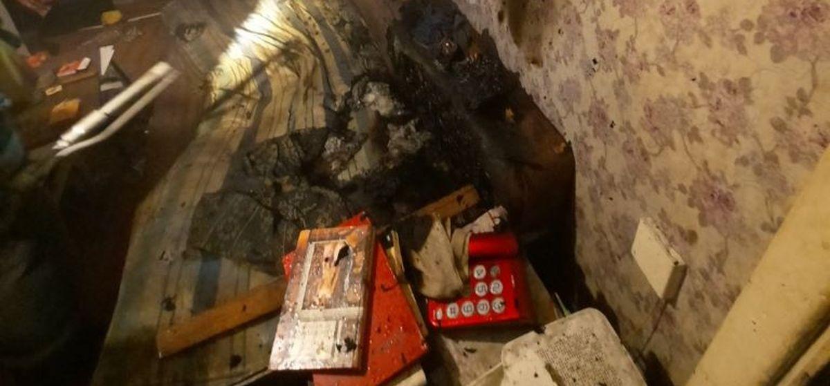 «Подошел к двери квартиры, дернул за ручку». В МЧС рассказали подробности спасения мужчины на пожаре в Барановичах