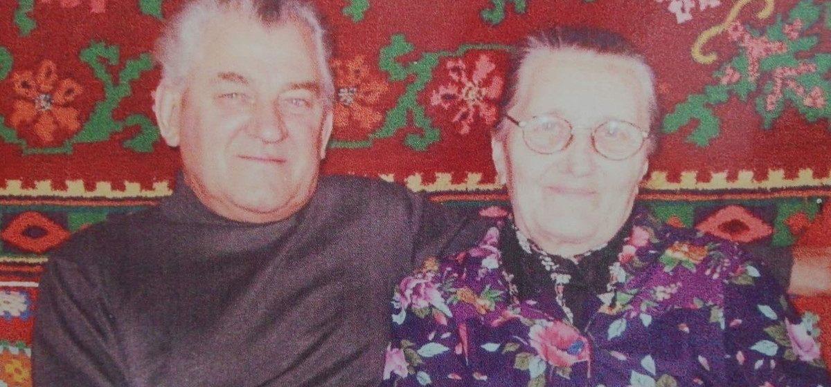 «Все говорили, что такого не бывает». 70 лет прожили в браке и умерли в один день супруги из Барановичей