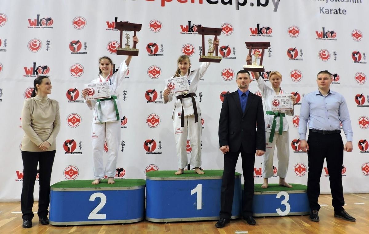 Тренер барановичских спортсменов Сергей Кротов (в центре). Фото: архив Сергея КРОТОВА