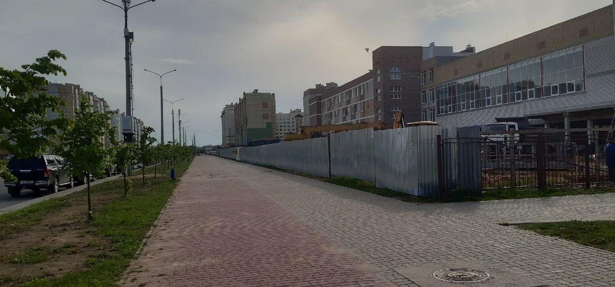 Что за странное оборудование появилось на столбах около новой школы в Барановичах