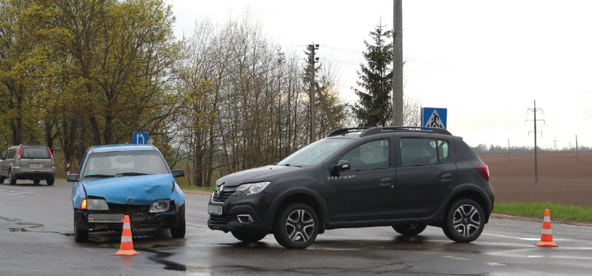 Renault и Opel столкнулись в Барановичах