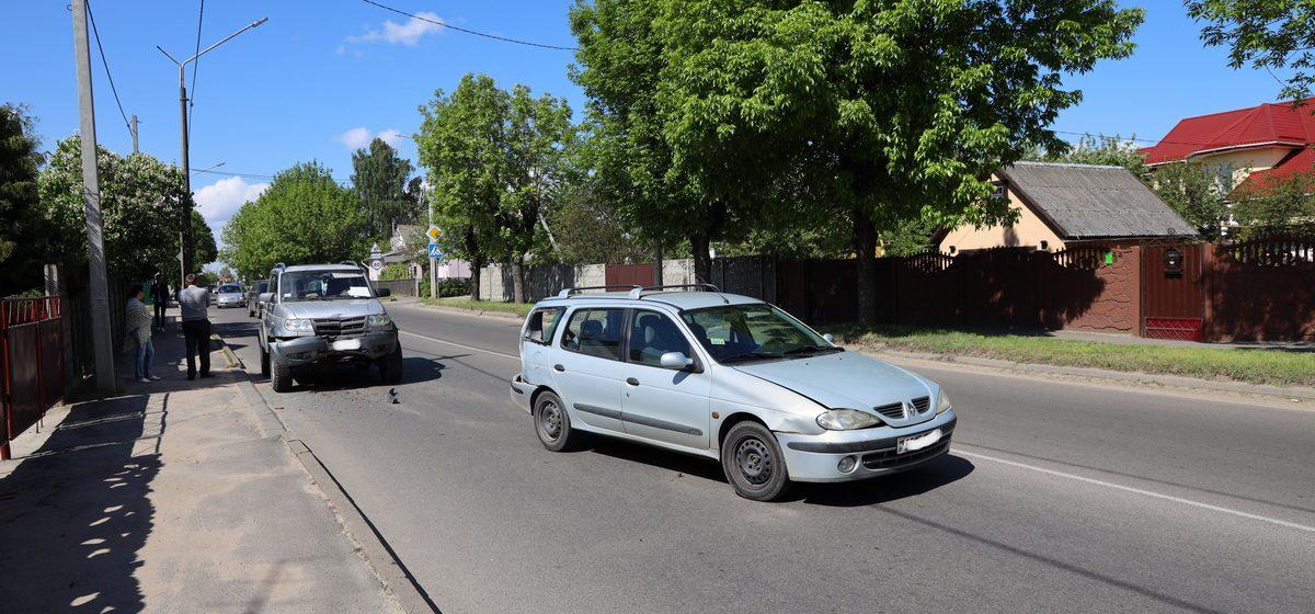 УАЗ «догнал» Renault в Барановичах