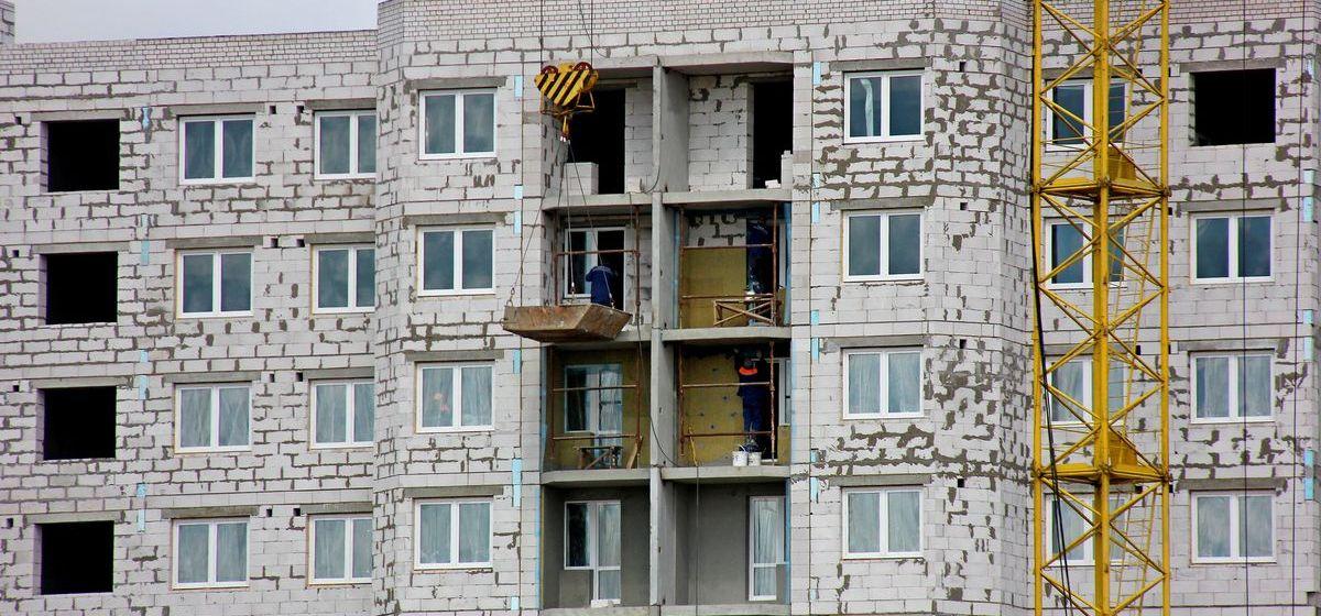 Что происходит на крупных стройках в микрорайоне Боровки в Барановичах. Фоторепортаж