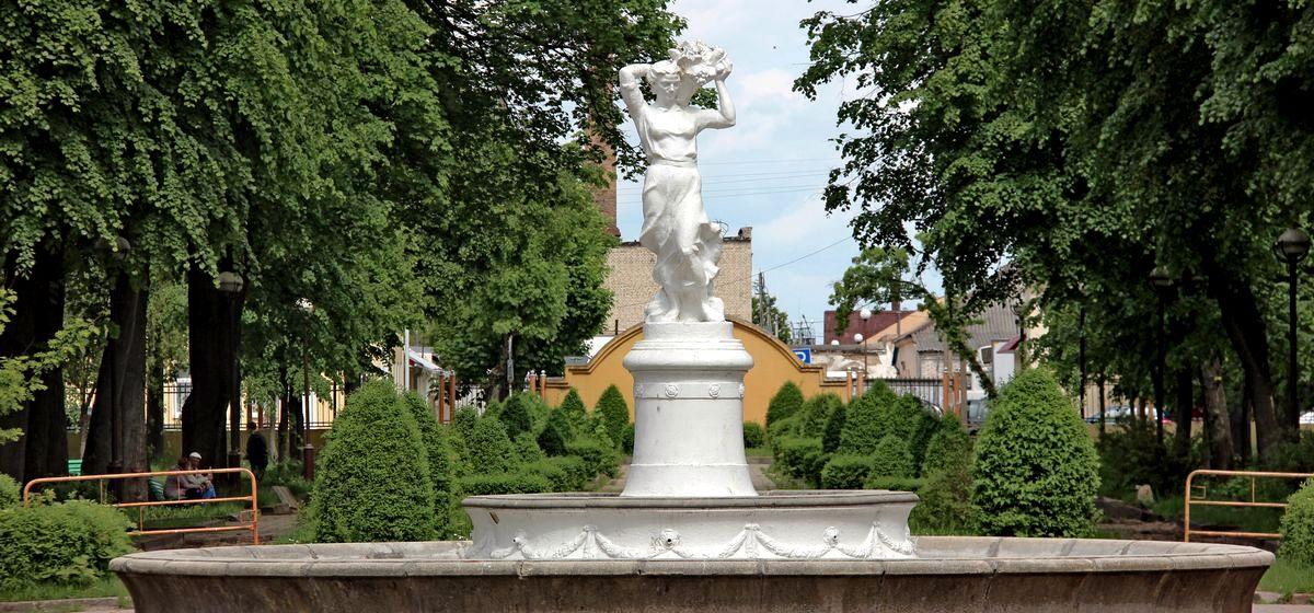 Как выглядят городские парки в Барановичах и получится ли в них отдохнуть. Фоторепортаж
