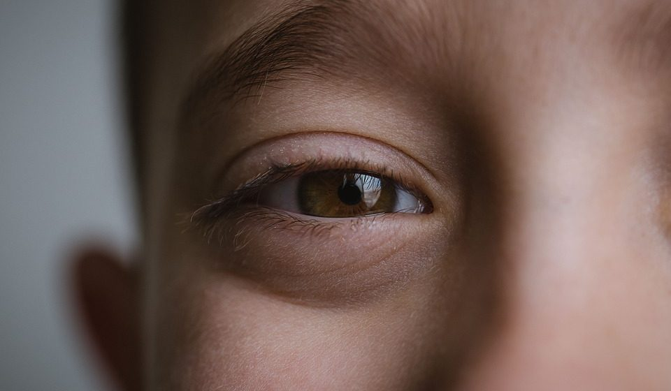 Эксперты рассказали, в чем уникальность людей с карими глазами