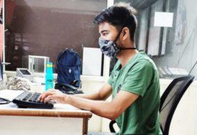«Не хватает мест для больных». Житель Индии, где свирепствует COVID-19, – про пандемию, штрафы и чудодейственный порошок