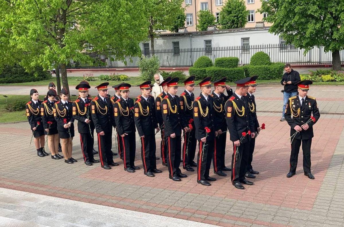 Кадеты почтили память погибших летчиков под Барановичами