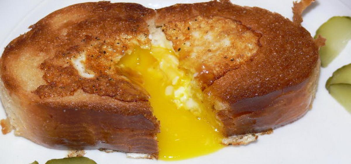Вкусно и просто. Яичница в хлебе