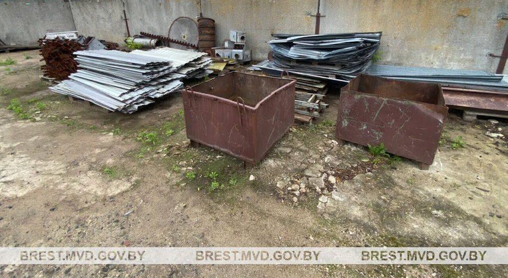 Более семи тонн металла изъяли в Барановичах