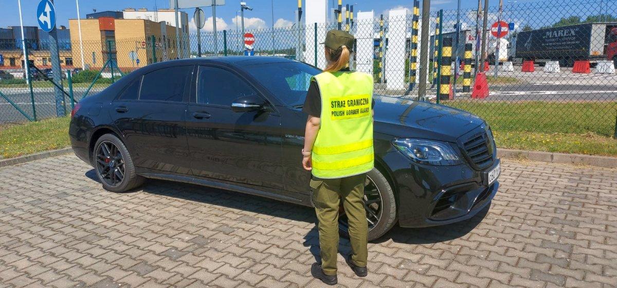 Мерседес стоимостью $68000 забрали у белоруса польские пограничники