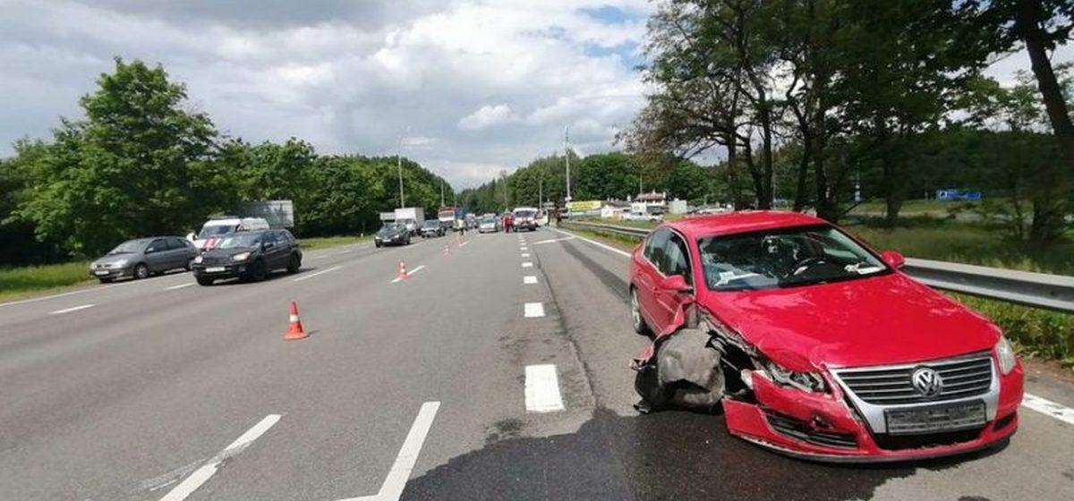 В ДТП под Дзержинском пострадала 8-летняя девочка. Она ехала в машине под управлением жителя Барановичей