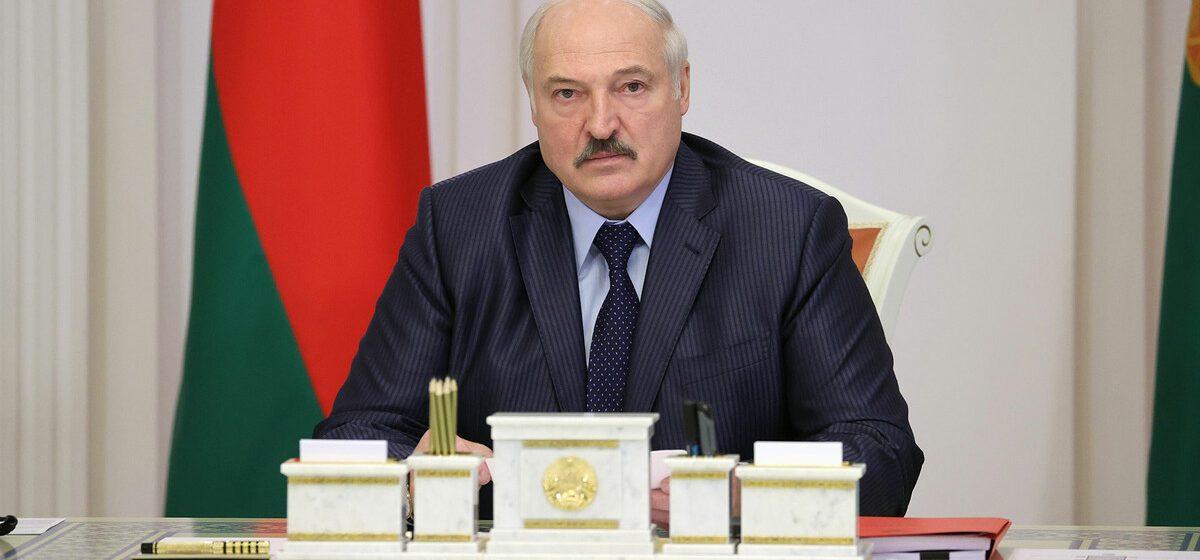 Лукашенко о белорусских айтишниках: самые вроде бы продвинутые, самые богатенькие и обеспеченные — где они оказались?