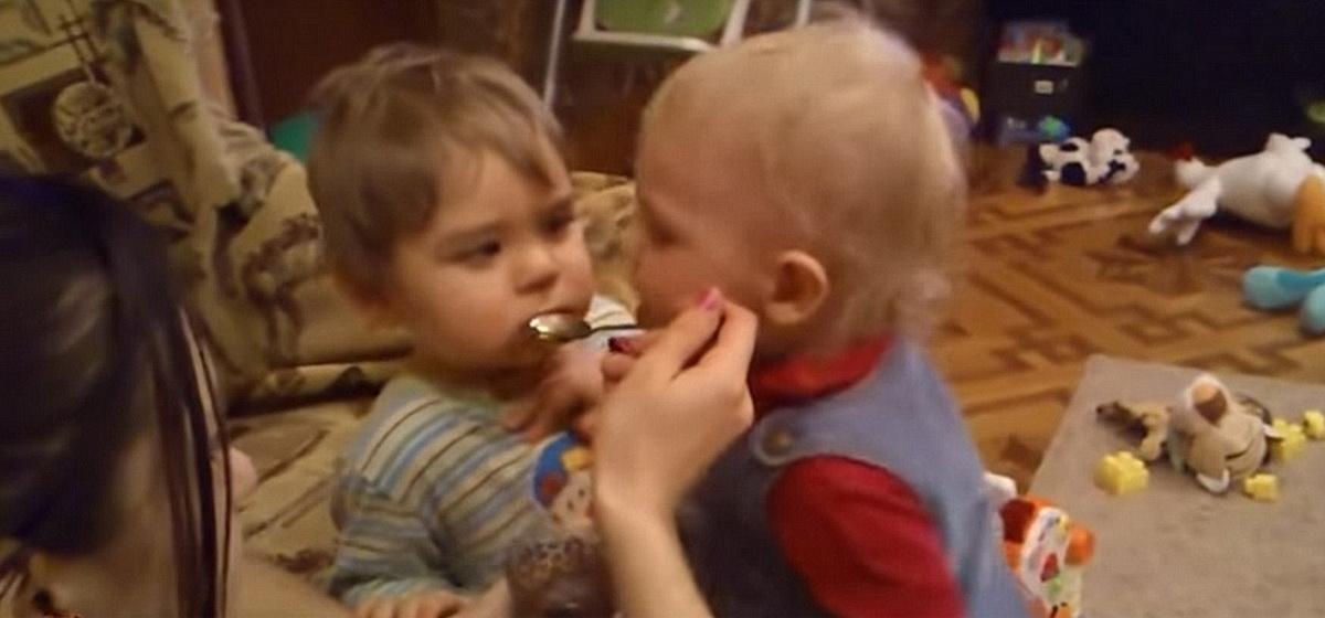 Смешное видео с маленькими детьми