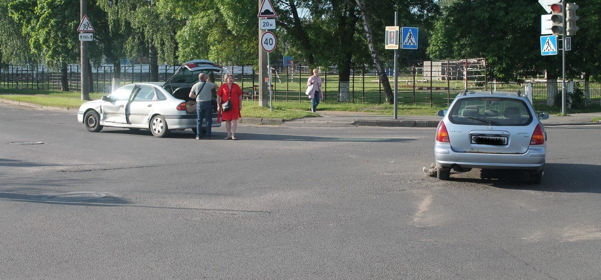 Matiz и Renault столкнулись в Барановичах