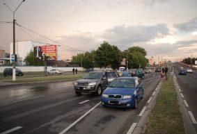 Два ДТП в одном месте с разницей в несколько минут произошли в Барановичах. Повреждены четыре машины