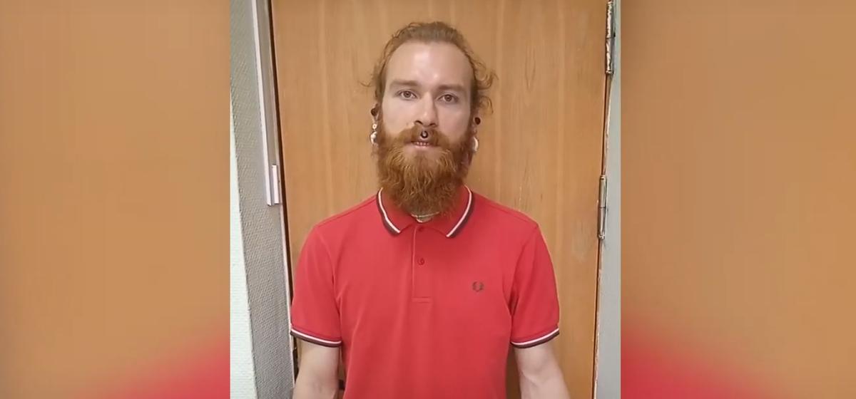 За неприличный жест милиционерам задержан «Лев Толстой» из Барановичей. Видео