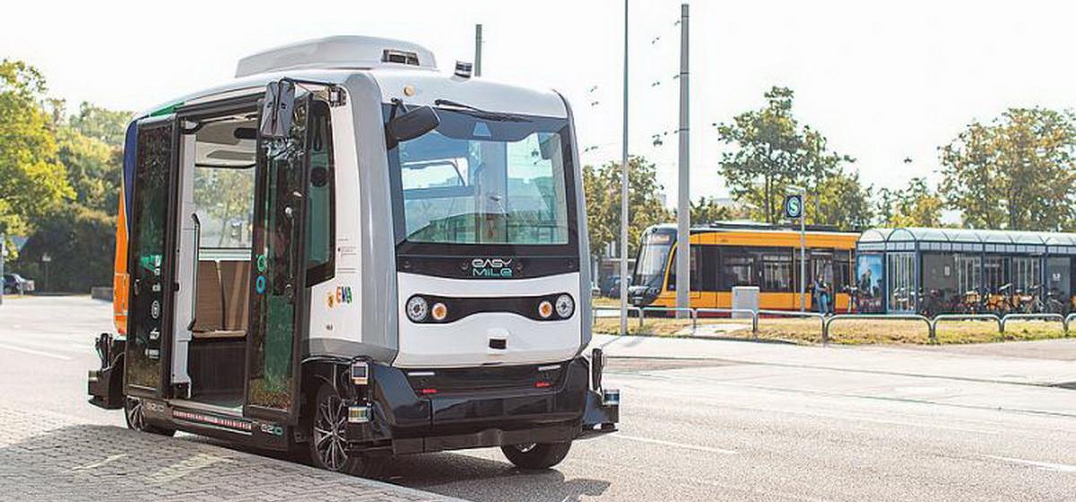 Как бесплатное такси: в Германии тестируют новые беспилотные автобусы*