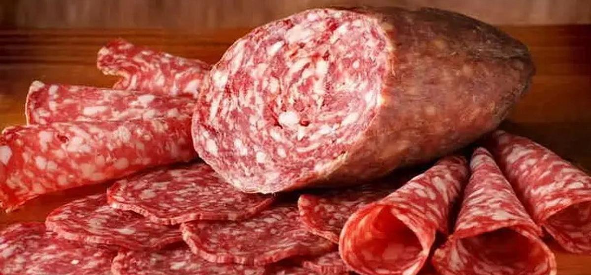 Интересные факты. Самая большая колбаса в мире: ее размеры впечатлят любого