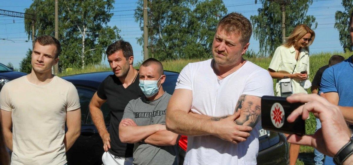 После встречи из барановичского СИЗО журналиста Трибуны, задержали тренера гандбольной команды