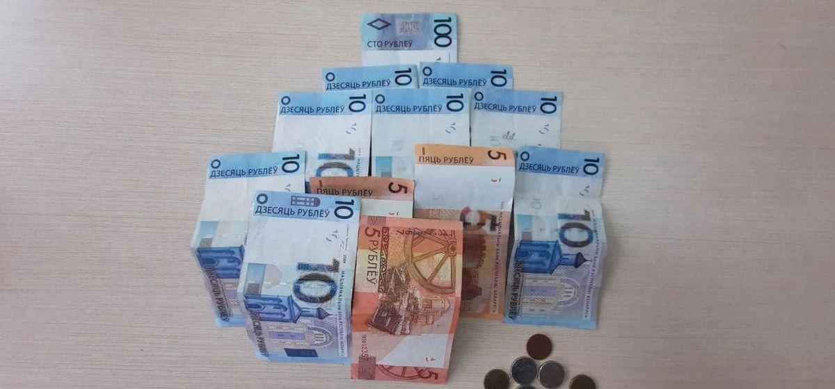«Мои $6900 мне никто не вернул». Истории жителей Барановичей, прогоревших на финансовых пирамидах