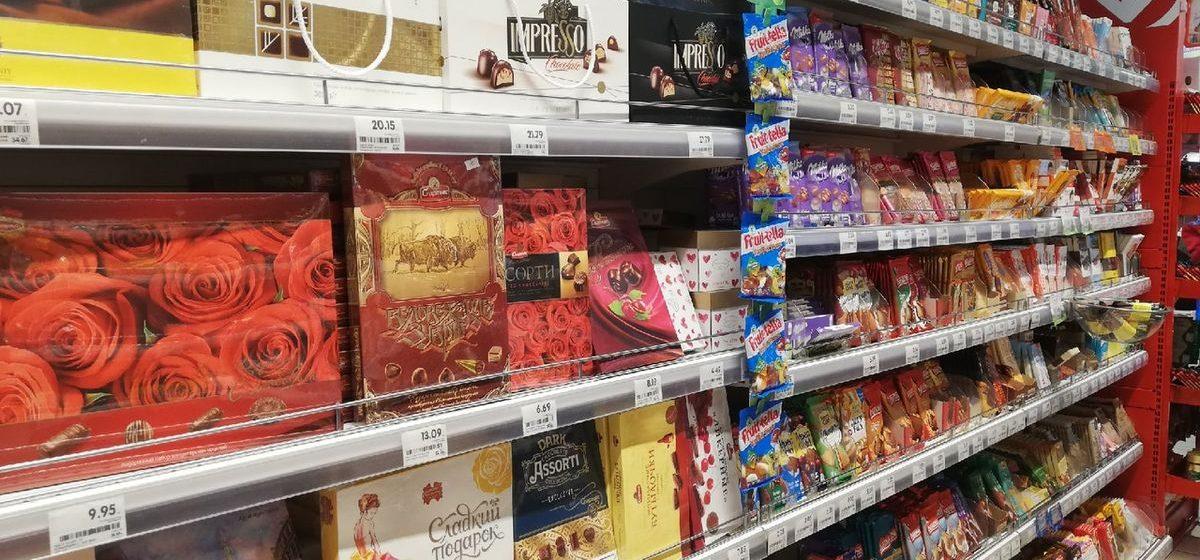 Соки, обои, шоколад. Сколько украинских товаров продается в барановичских магазинах и чего могут лишиться покупатели