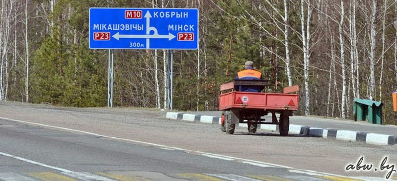 Лукашенко пожаловались на состояние трассы М10. Вот что он ответил