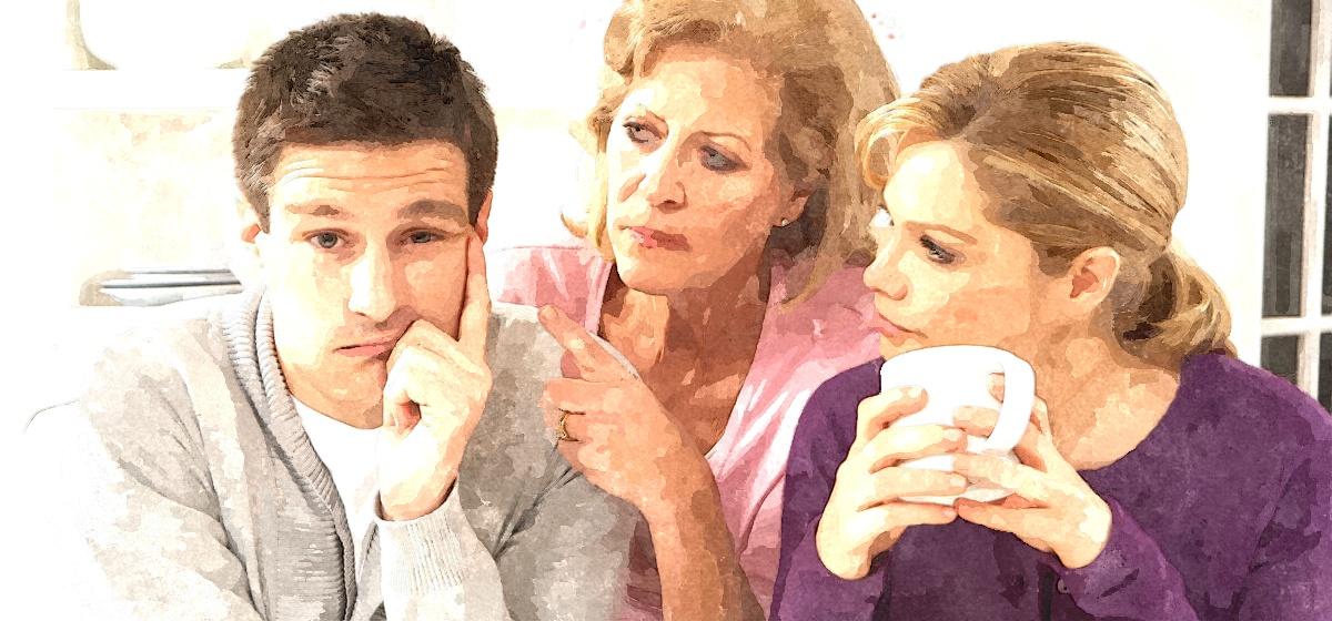 Жена обсуждает семейные конфликты с мамой и подругами, из-за этого в паре нет секса. Как исправить ситуацию?