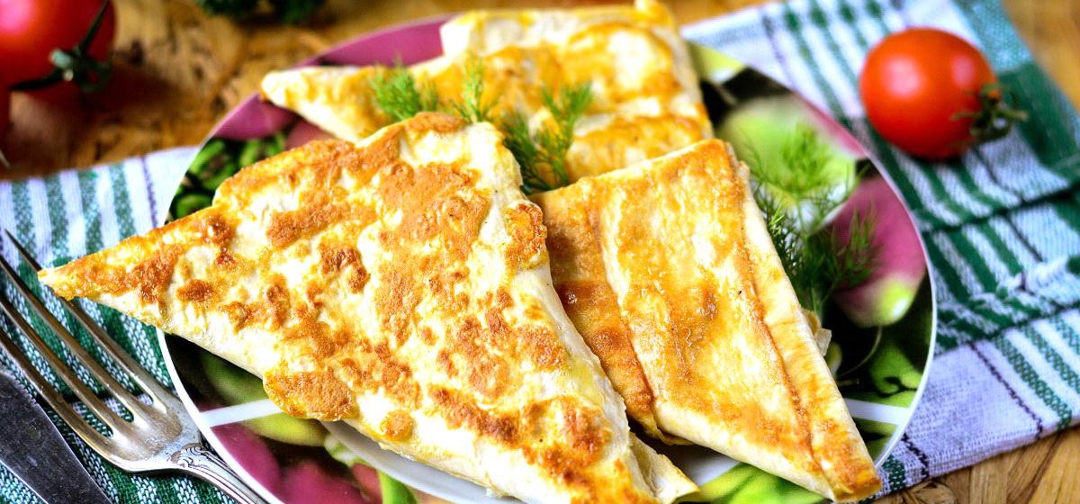 Как правильно приготовить быструю закуску из лаваша с сыром и овощами. Видео