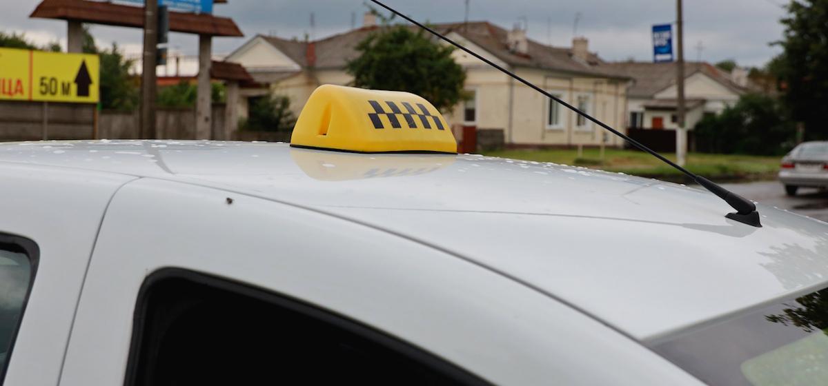 «Чтобы заработать, придется «бомбить». Барановичские таксисты – о проекте указа, который может повлиять на их работу